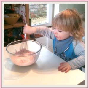 W mixing Simple Childrens Valentines Pud