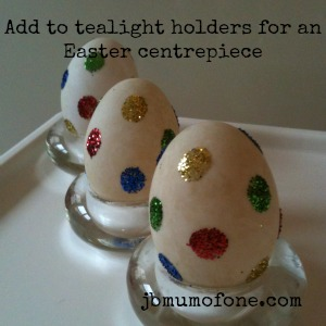 centrepiece Easter Craft: No dye Spotty Easter Eggs.