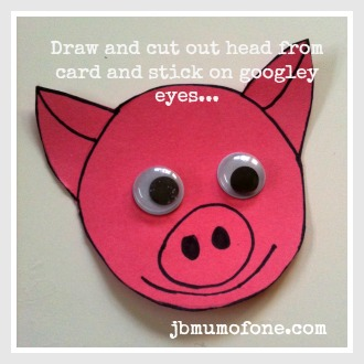 Toilet roll craft: pigs head