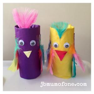 Toilet roll parrots