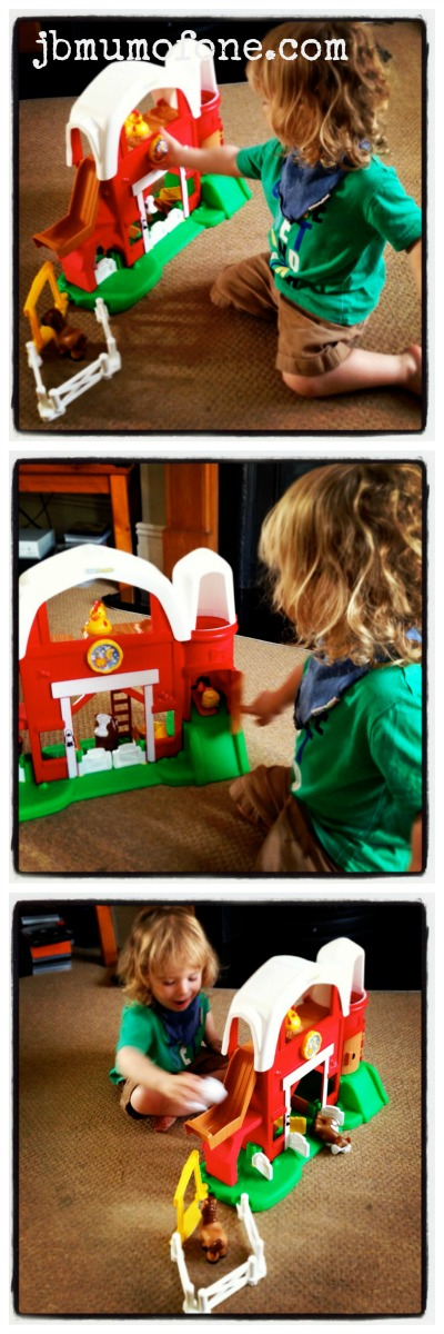 Fisher Price Little People Farm Review: Fisher Price Little People Fun Sounds Farm