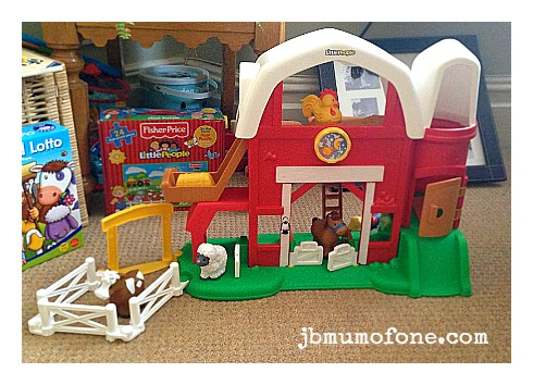 Fisher Price Little People Fun Sounds Farm Review: Fisher Price Little People Fun Sounds Farm