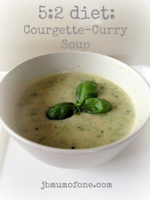 5:2 Diet: Courgette-Curry Soup