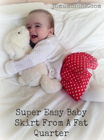 Easy Baby skirt form a fat quarter tutorial
