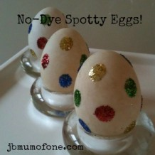Easter Craft: No-dye Spotty Easter Eggs.